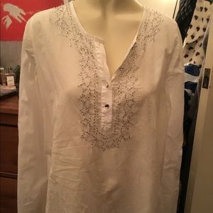 OLD NAVY WHITE SEQUENCE TUNIC